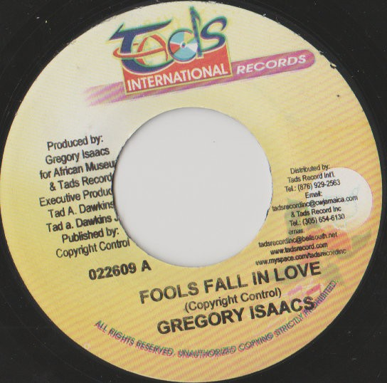 Gregory Isaacs : Fools Fall In Love | Single / 7inch / 45T  |  Dancehall / Nu-roots