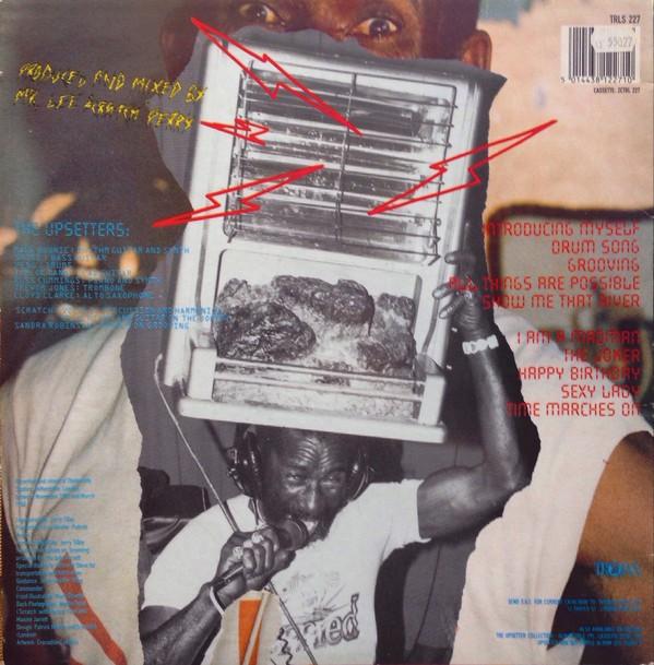 Lee Perry And The Upsetters : Battle Of Armagideon (Millionaire Liquidator)   LP / 33T     Oldies / Classics