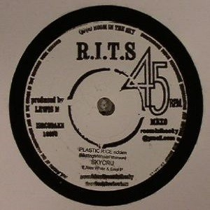SKYCRU  (feat Alex White & Errol P) : Plastic Rice Riddim | Single / 7inch / 45T  |  Dancehall / Nu-roots